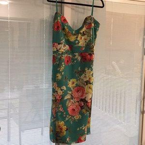 Dresses & Skirts - NWT plus size bodycon dress size 24/26 3x